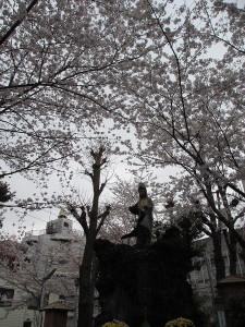 遊廓楼主たちの信仰を集めた弁天祠があった弁天池には関東大震災で490人が溺死したという。